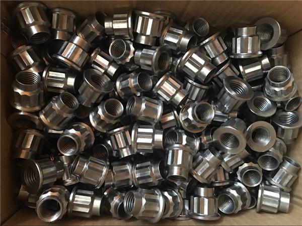 kualitas terbaik cnc memutar kacang stainless steel bulat